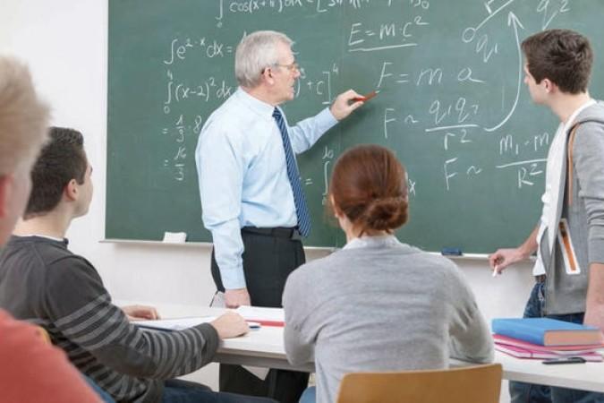 Gola istina o plaćama u školstvu