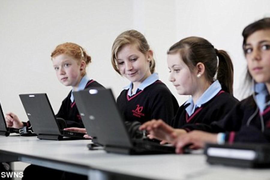 """Računala u učionici su """"skandalozno rasipanje novca"""""""