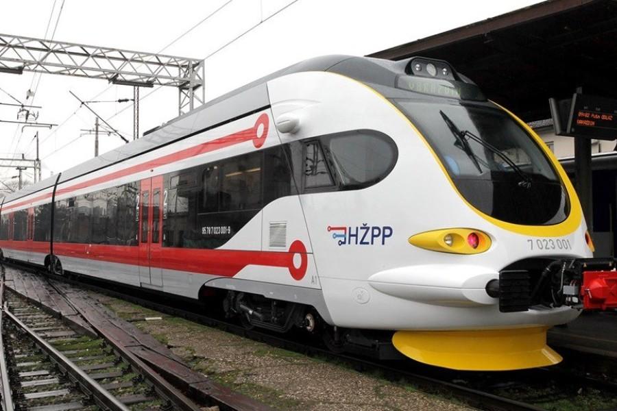 Važno: Povrat sredstava za one koji su kupili iskaznice K 50 Hrvatskih željeznica