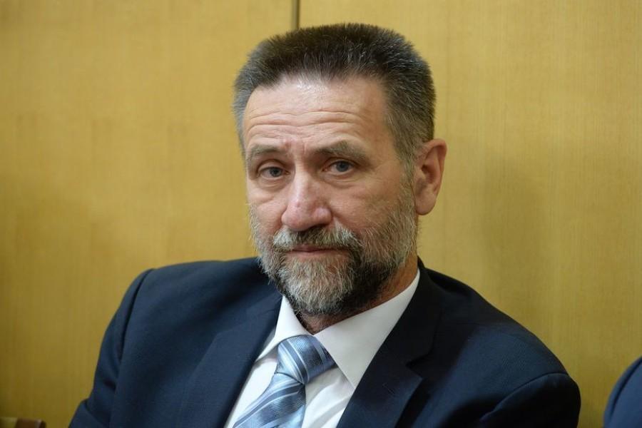 PAVO BARIŠIĆ: Vodio je tajnicu na putovanja, plagirao radove i pokušavao se domoći povlaštenog stana, no ima i jednu prednost!
