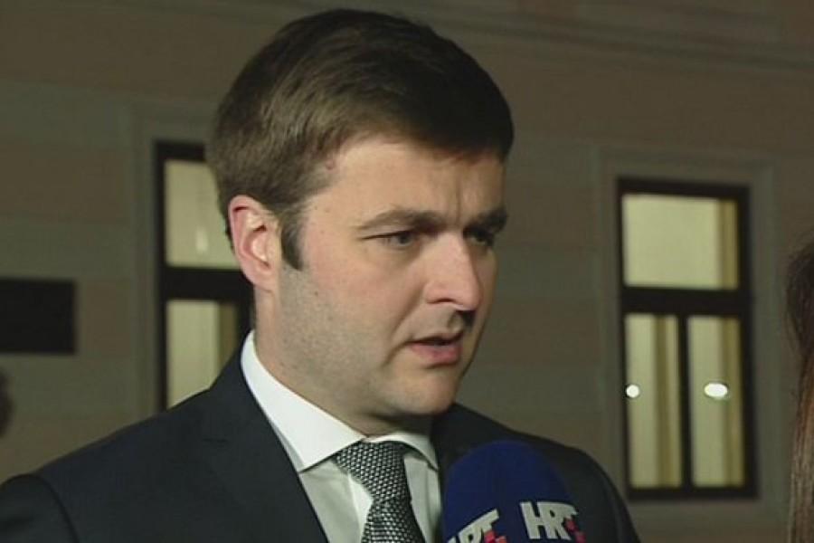 """Vlada i sindikati postigli prvi dogovor: Potpisat će """"kratki"""" Kolektivni ugovor"""