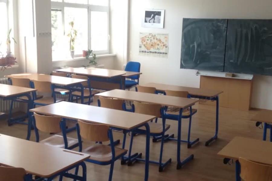 Čak 16 tisuća osnovaca odselilo se s roditeljima, nestala 664 razreda