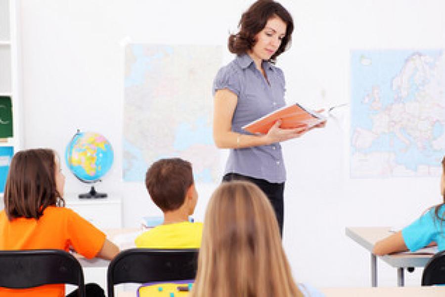 SPECIJALNI IZVJEŠTAJ: VELIKI BIZNIS S INSTRUKCIJAMA Roditelji godišnje potroše više od 65 milijuna kn da bi učenici znali ono što ih ne nauče u školi