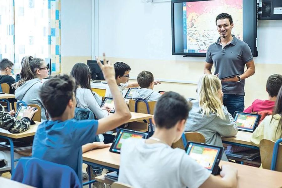 'STANJE JE NEODRŽIVO' U hrvatskim školama sve manje profesora prirodnih predmeta, eskalirao je do mjere da se kao zamjene angažiraju studenti