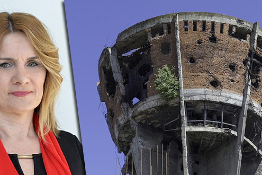 NE MOŽEMO VJEROVATI: Splitska profesorica koja je pokrenula inicijativu da vukovarski školarci dođu u Split zbog tog je istupa u javnosti prijavljena Etičkom povjerenstvu!